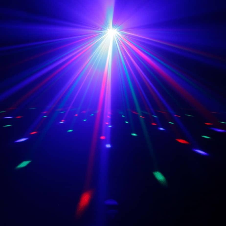 Cameo Superfly XS LED lyseffekt mange fagrestråler