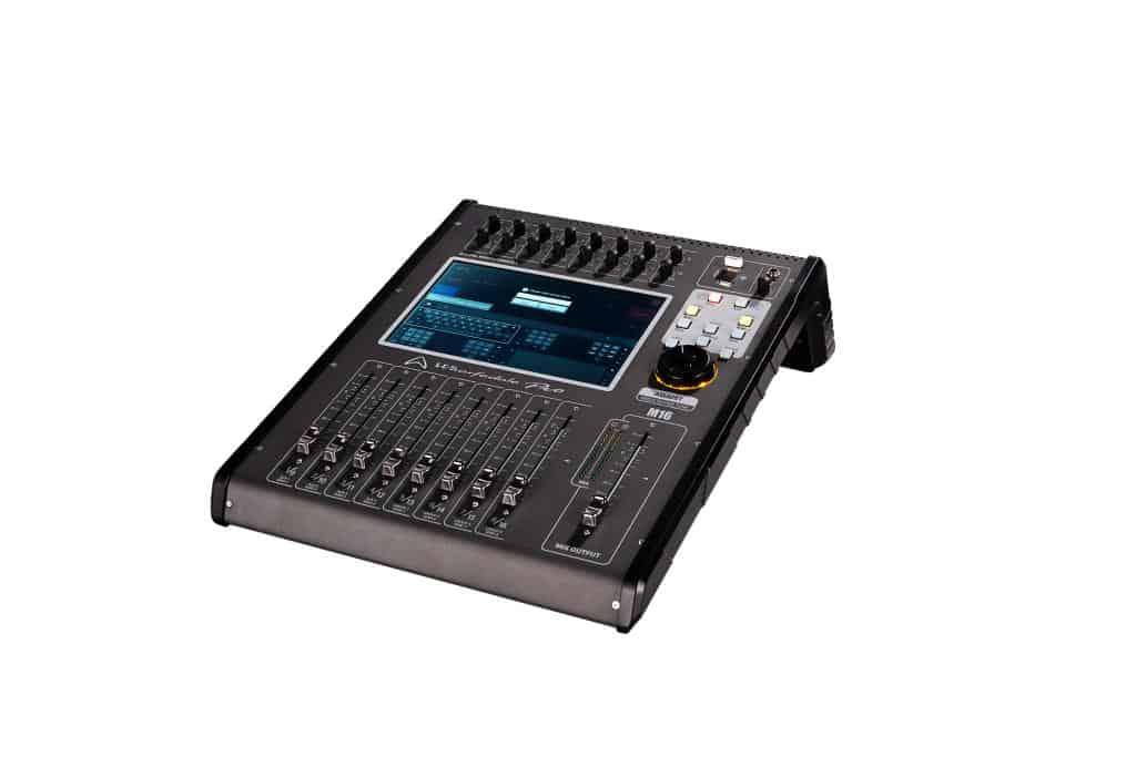 Wharfedale Pro M16 digital lydmikser sett fra siden 03