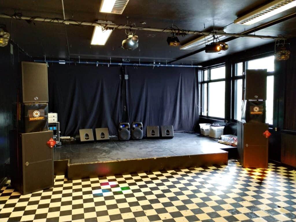 Arena-Bar-lydanlegg