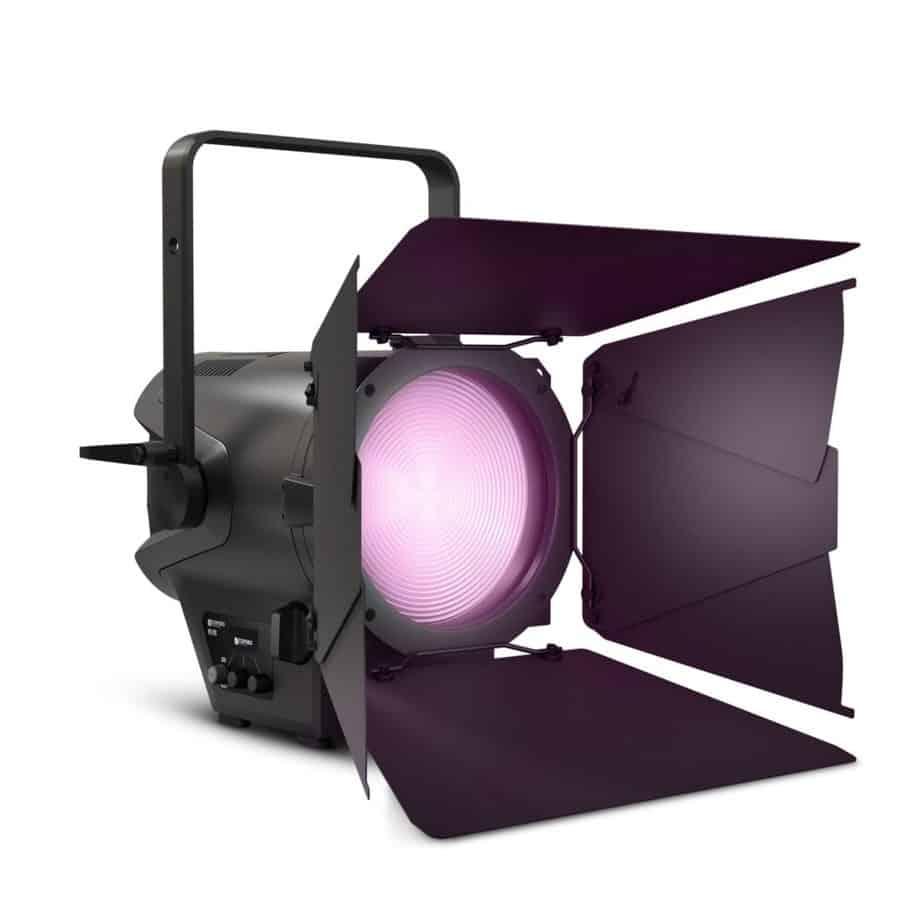 Cameo TS F2 FC RGBW Fresnel Pro Sett Forfra