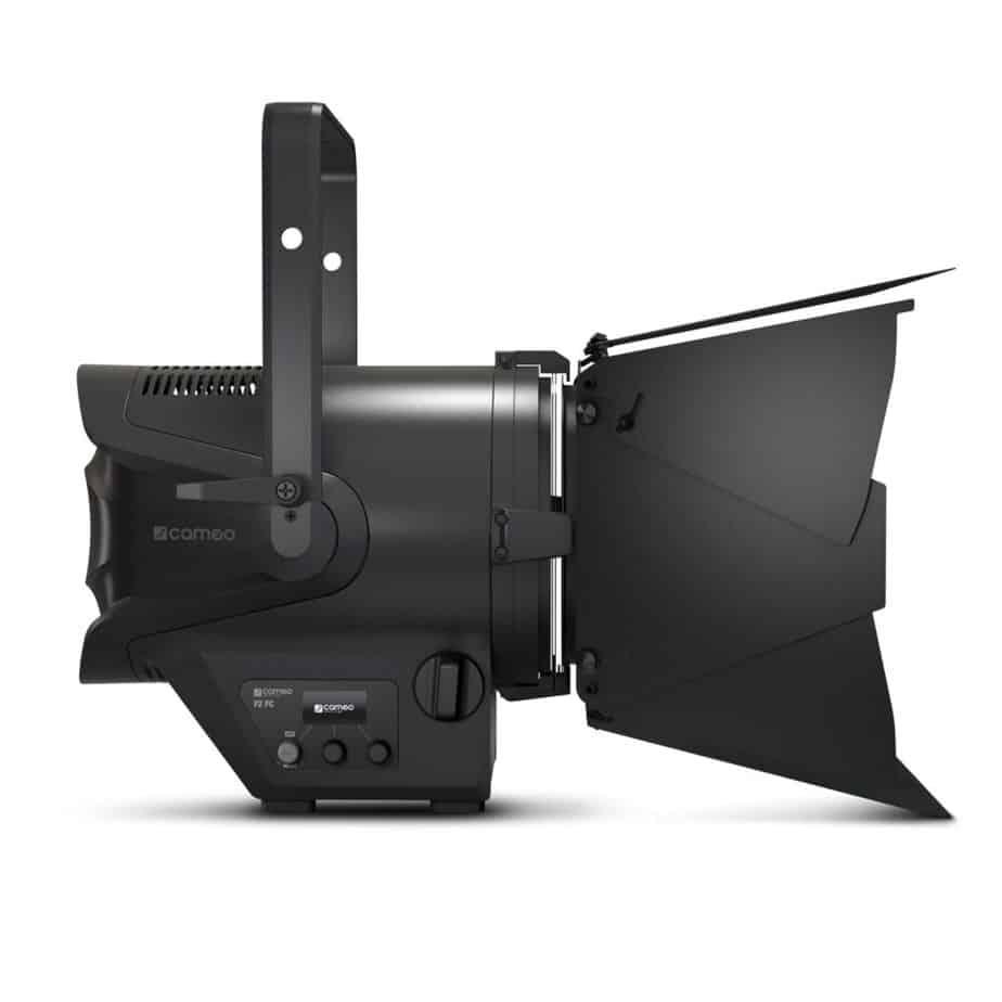 Cameo TS F2 FC RGBW Fresnel Pro Sett Fra Siden