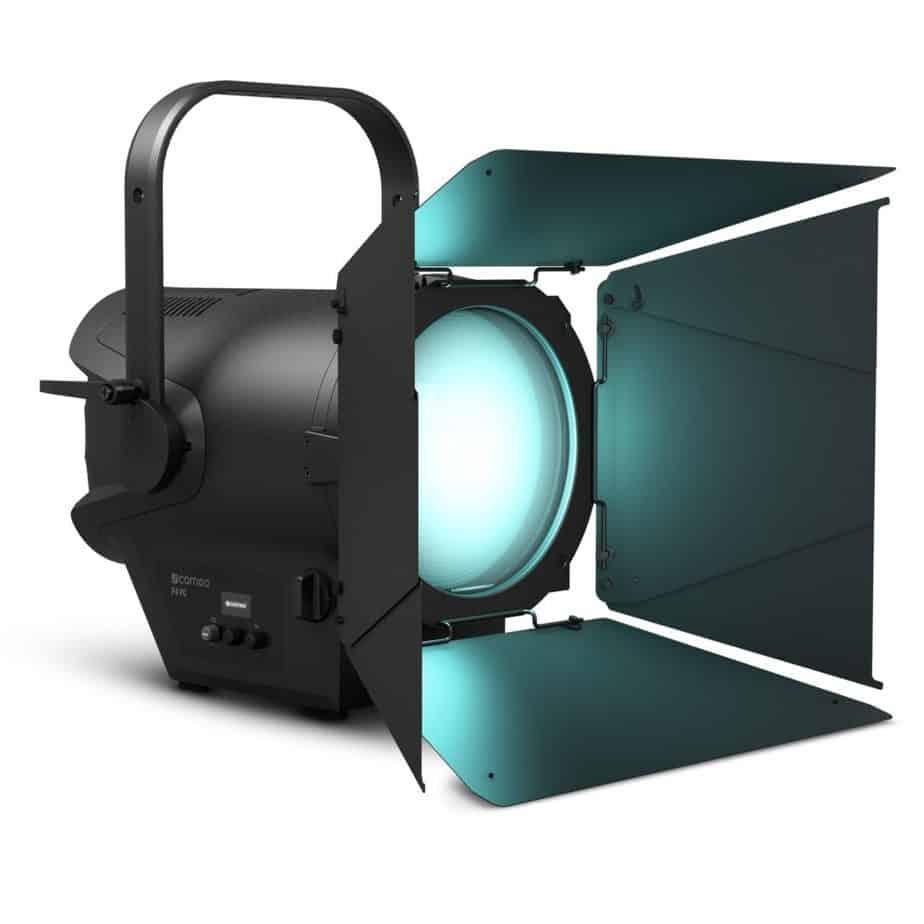 Cameo TS F4 FC RGBW Fresnel Pro Sett Forfra